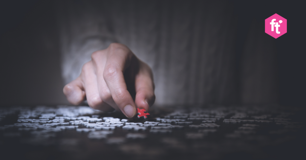 puzzle-with-hand